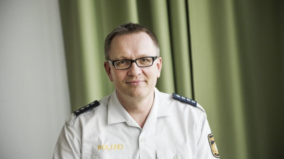 Grünwald, zur Flüchtlingskrise, Carsten Lindemann, stellv. Leiter der Polizei,