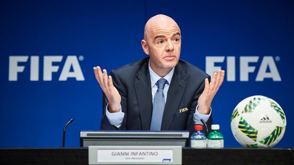 Fußball-Politik Fußball-Politik