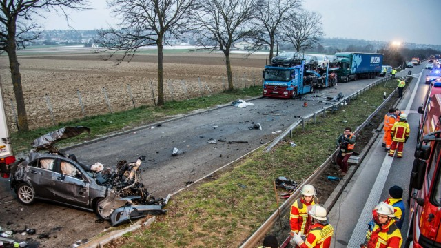 Unfall mit drei Toten bei Filderstadt