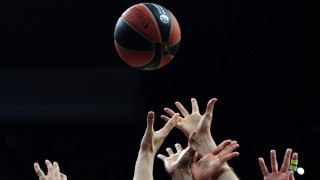 Basketball - Kampf um den Ball