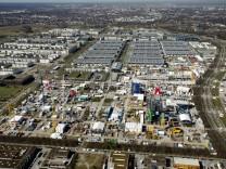 München: BAUMA - Helikopter-Rundflug ICC / Messe