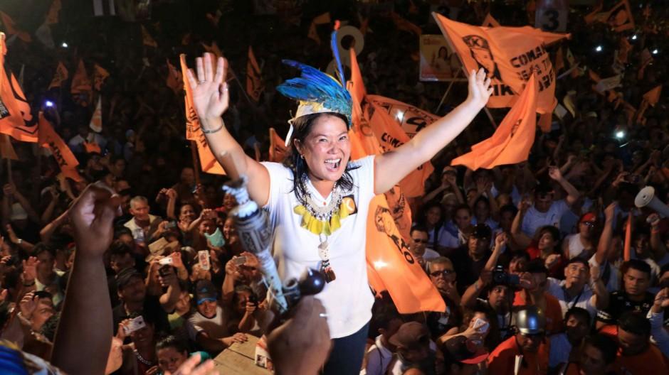 Peruvian presidential candidate Keiko Fujimori holds campaign ral