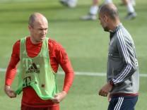 Arjen Robben und Pep Guardiola