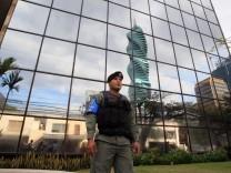 Panama's Prosecutor Office raids Mossack Fonseca headquarters