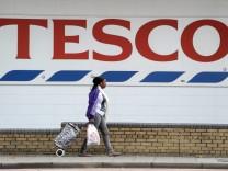 British retail giant Tesco sees 91-per-cent profit fall