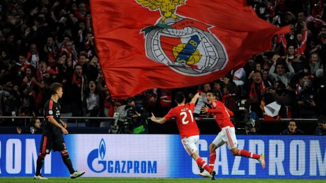 Wie Der Fc Bayern Das Hollenspektakel Uberlebte Sport