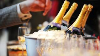 BlâÄ°schen mit Kultstatus - Champagner in der Hochsaison