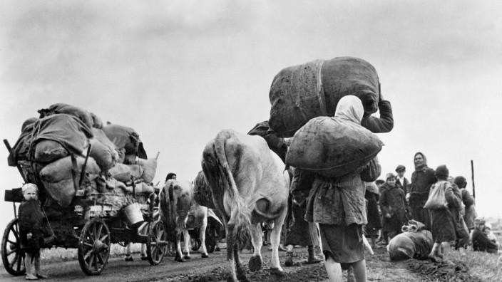 Zwangsumsiedlung russischer Bevölkerung an der Ostfront, 1943