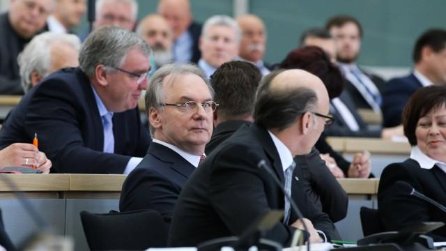 Ministerpräsident Dr Reiner Haseloff CDU Sachsen Anhalt Landtagssitzung im Landtag von Sachsen