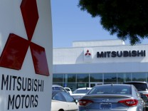 A Mitsubishi Motors dealership is shown in Poway, California