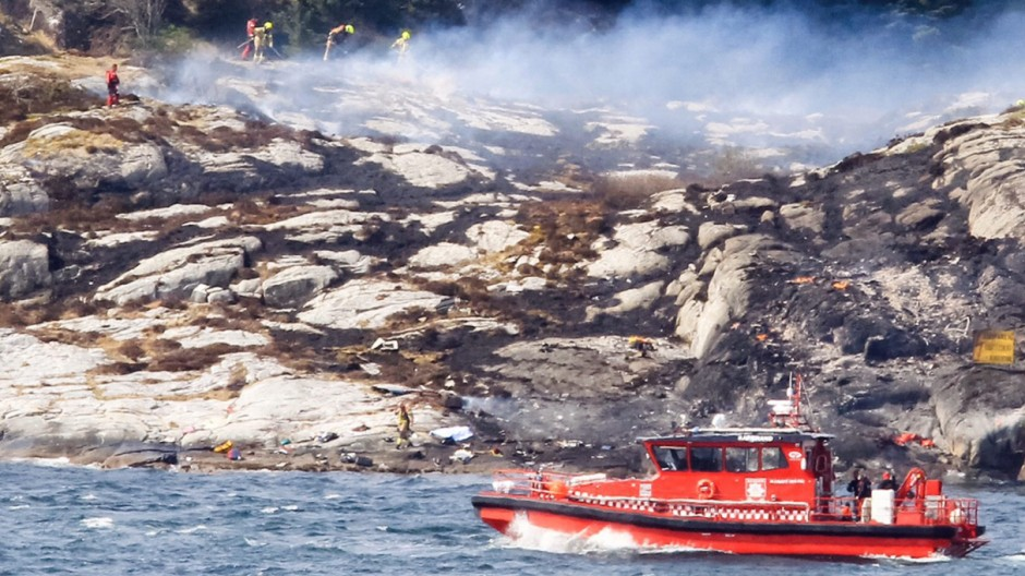 Helicopter with 13 persons on board crashes in Norway