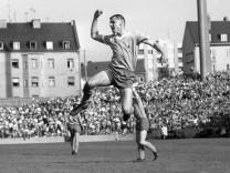 TSV München 1860 Borussia Moenchengladbach am 14 05 1966 3 3 Jubel von Timo Konietzka 1860 im; historische löwen