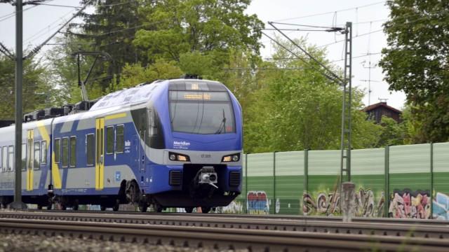 Wegen vieler Beschwerden muss Transdev zum Rapport. Das Unternehmen betreibt etwa den Meridian nach Salzburg.