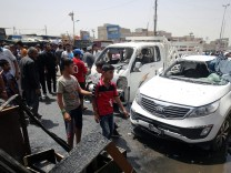 Car bomb kill 52 people in Iraq