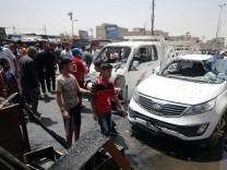 Car bomb kill 52 people in Iraq