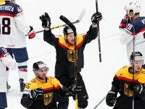 Ice Hockey - 2016 IIHF World Championship Group B