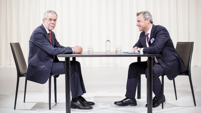 Austrian top candidates for presidential elections at television