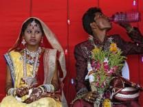 Mass wedding on Akshaya Tritiya in Mumbai