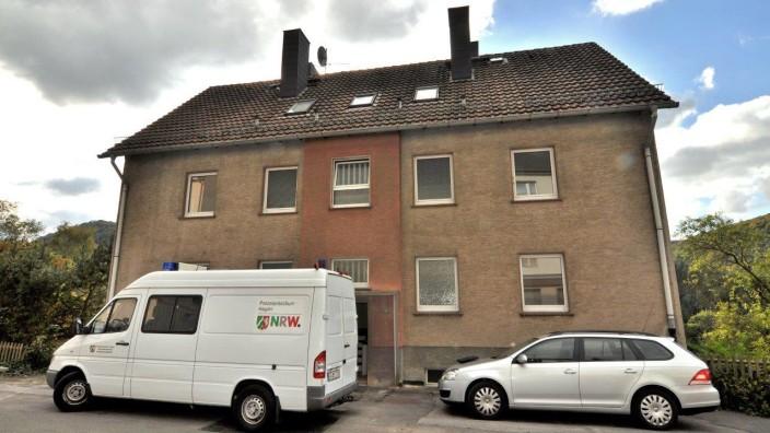 Gericht: Brandanschlag auf Flüchtlinge könnte Mordversuch sein