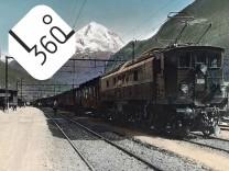 Gotthard Simplon Bahn Ein Expresszug beim Halt in Erstfeld Schweiz 1930er Jahre Express at a stop