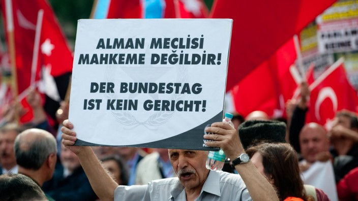 Demo gegen Armenien-Resolution