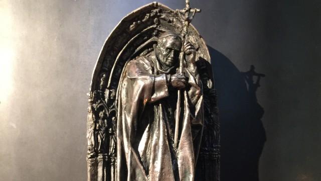 Reliquie von Papst Johannes Paul II. aus Kölner Dom gestohlen