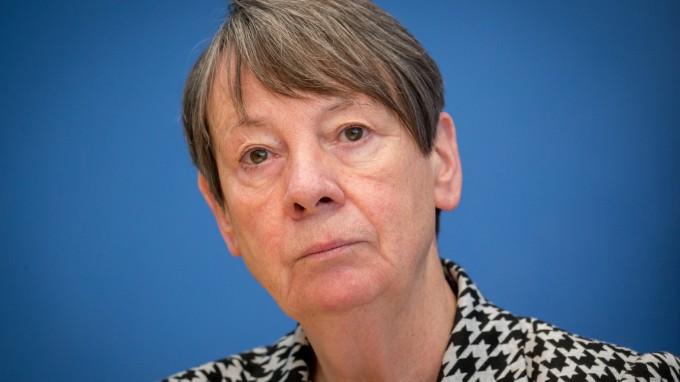 Härtere Auflagen für große Tierställe: Bundesumweltministerin Barbara Hendricks (SPD) (Foto: Nuria Casulleres/dpa)