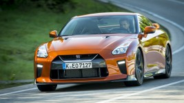 Nissan GT-R in the test