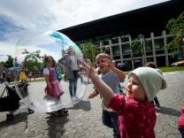 Olympiadorf: Das studentische Hilfswerk unterstützt Kindertagesstätten, damit Studentinnen mit Kindern studieren können.