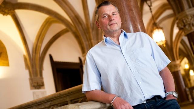 Thomas Niederbühl (Rosa Liste, seit 20 Jahren) im Rathaus
