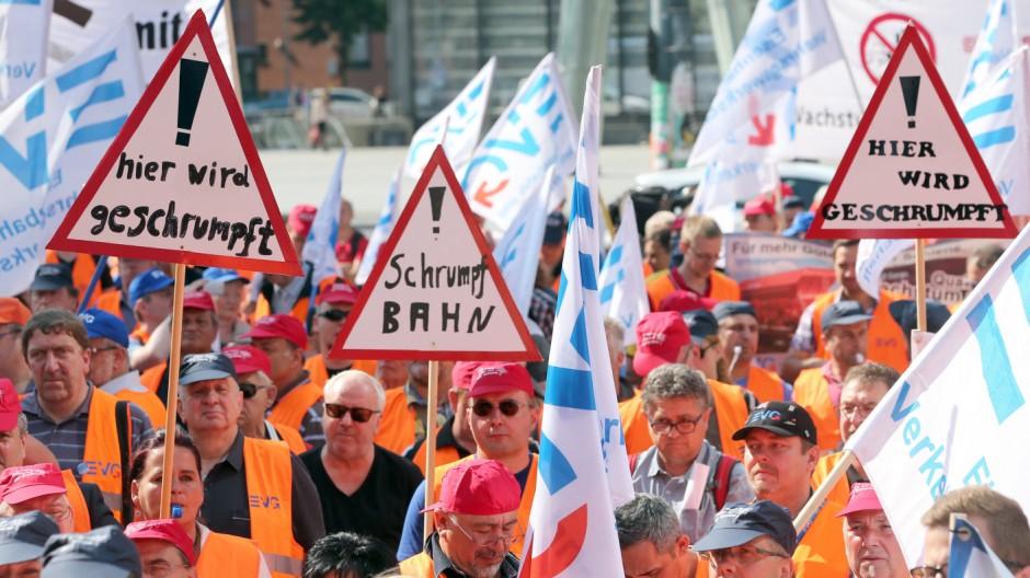 Kundgebung vor Aufsichtsratssitzung Deutsche Bahn