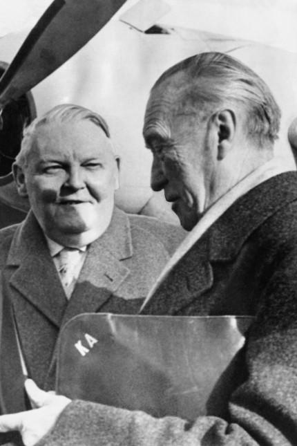 Konrad Adenauer (re.) und Ludwig Erhard, 1962