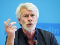 Designierter Intendant der Volksbühne Chris Dercon vorgestellt