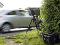 Alling: Radar-Falle / Geschwindigkeitskontrolle der Polizei