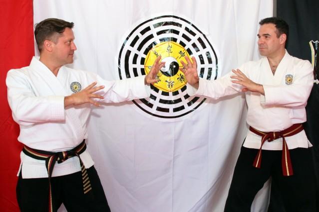 Pa-Kua-Meister lehren in Tutzing; Drei Meister besuchen die Pa-Kua-Schule Tutzing