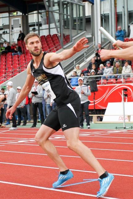 116 Deutsche Leichtathletik Meisterschaften Kassel 19 06 2016 4x400m Maenner Letzter Wechsel auf
