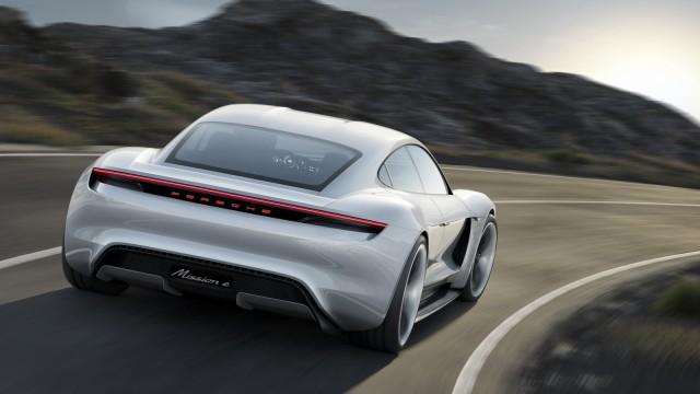 Porsche will 2019 einen Elektrosportwagen herausbringen