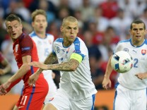 EURO 2016 - Group B  Slovakia vs England