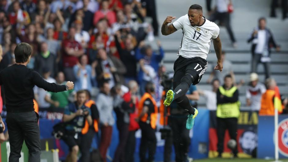 Germany v Slovakia - EURO 2016 - Round of 16