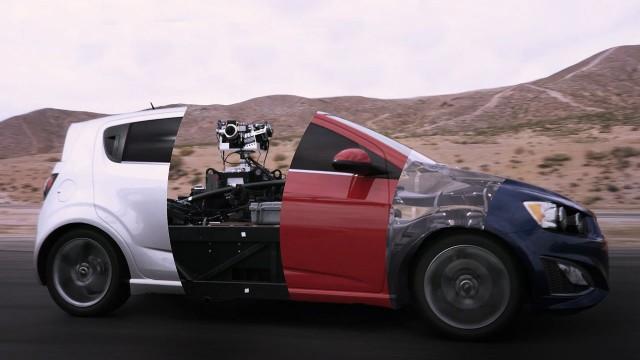 The Blackbird nimmt die Formen jedes erdenklichen Autos an