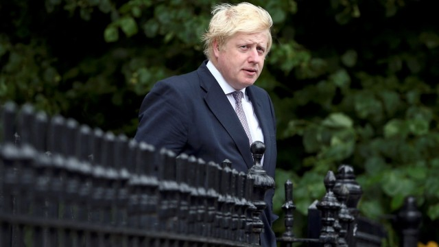 Vote Leave campaign leader, Boris Johnson, leaves his home in London