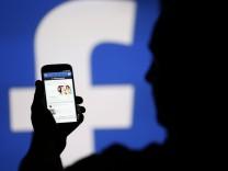 """Der Facebook Newsfeed ist sehr wichtig für das Unternehmen, und """"FB Purity"""" stört."""