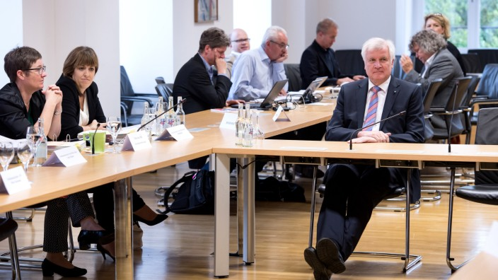 Untersuchungsausschuss Modellbau