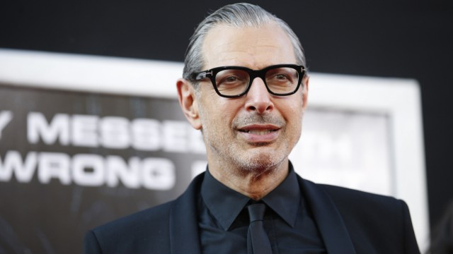 Actor Jeff Goldblum arrives at the premiere of the film Independence Day: Resurgence in Hollywood