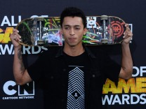 Professional street skateboarder Nyjah Huston attends Cartoon Network s fourth annual Hall of Game A; Skateboard