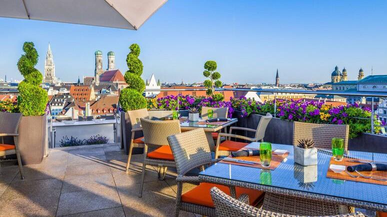 China Moon Rooftop Bar im Mandarin Oriental München