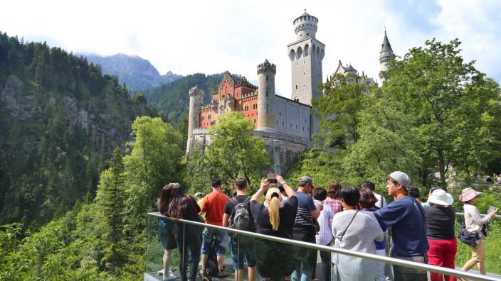 Massentourismus am Schloss Neuschwanstein