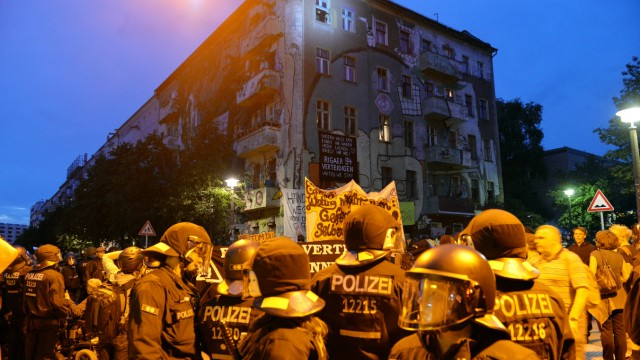 Krawalle bei Linksautonomen-Demo in Berlin