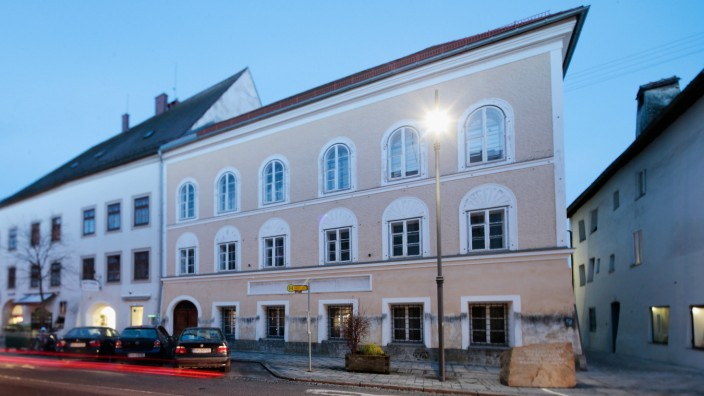 Austria Considers Forced Sale Of Hitler House
