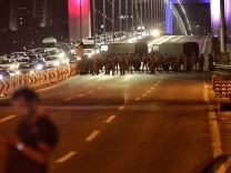Military Occupy Strategic Locations In Turkey :